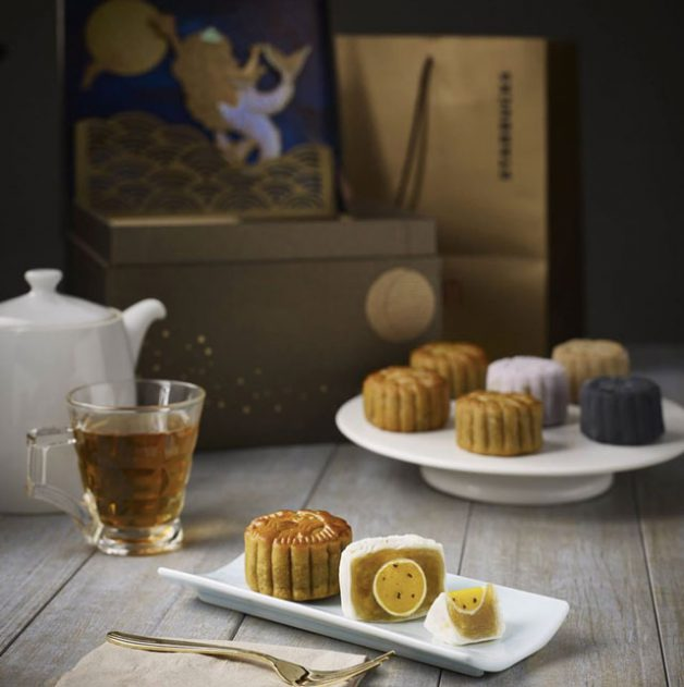 starbucks-new-baked-snowskin-mooncakes