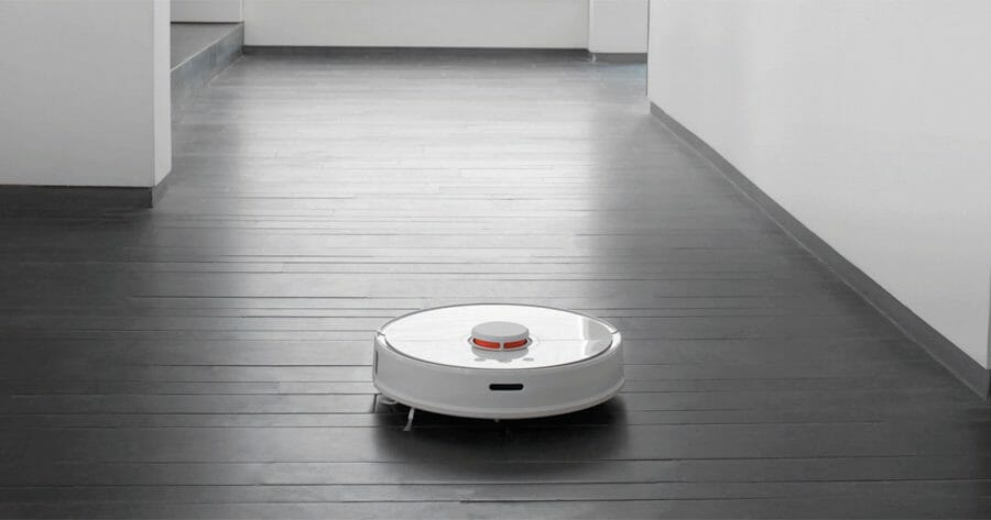 Buy the Xiaomi Roborock Vacuum Cleaner 2 that sweeps and mops for only S$499 now