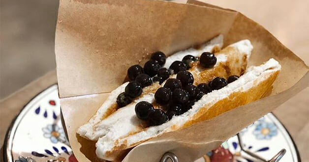 Bet you want to try this Bubble Milk Tea Toast from Benjamin Browns cafe in Orchard