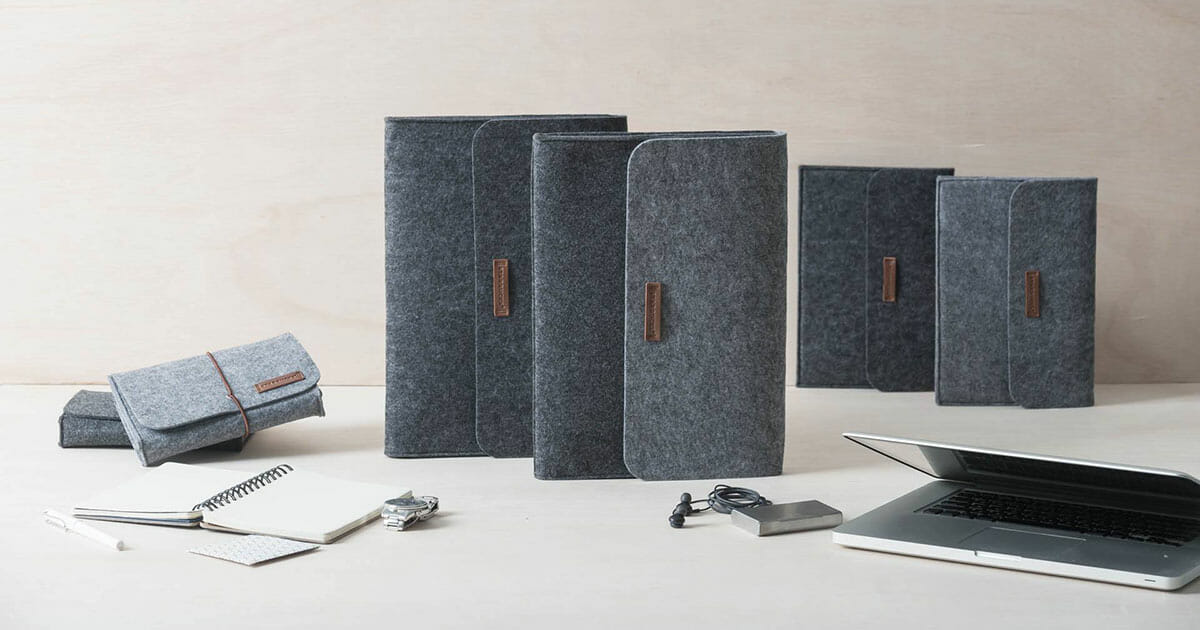 Starbucks offers new Felt Pouches that will keep your MacBook, iPad and accessories safe
